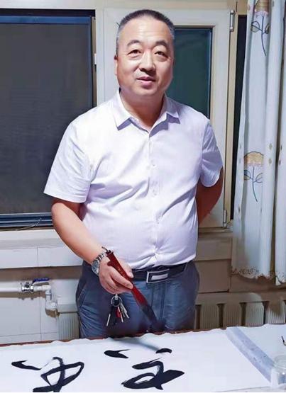 【文化中国】聚焦当代艺术名家——李伟平