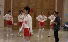 李宇春女排造型曝光 1.75米的身高也显得娇小