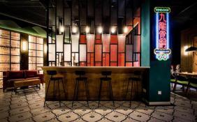 李嘉诚基金捐2亿 支持香港中小餐馆