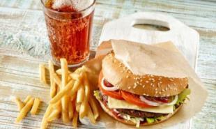 汉堡薯条10年不腐 源于2009年冰岛麦当劳的关闭