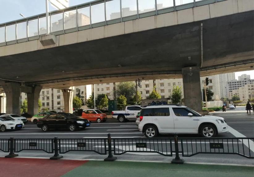 老旧小区新增停车位 有效缓解停车难
